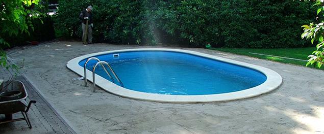Helmond kunstgras zwembad for Ondergrond zwembad tuin